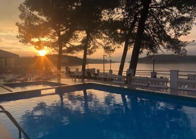 Hefest bazeni Split noć 18